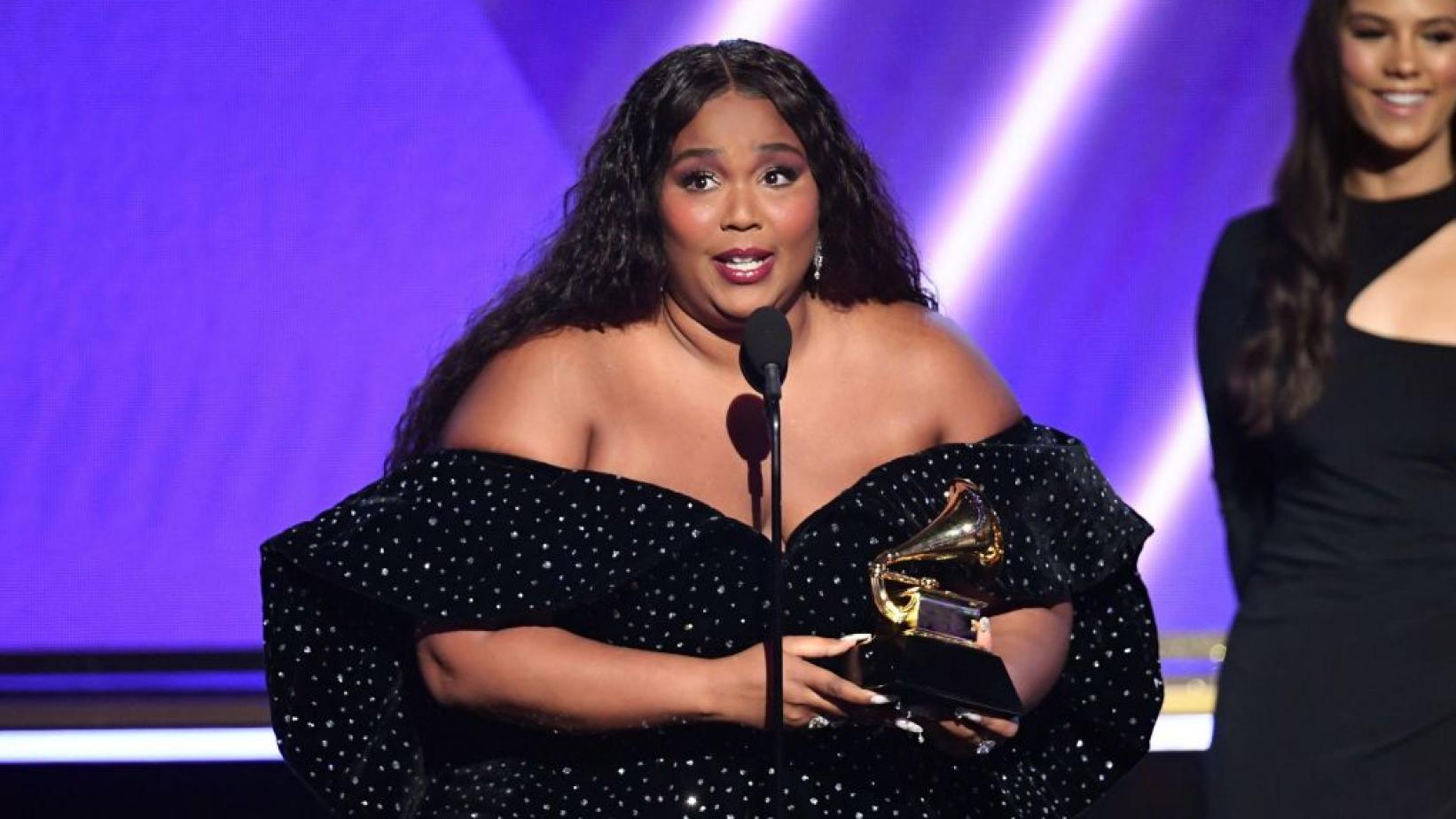 Lizzo Tears Up During Video Discussion About 'Black Lives Matter' And More – Check Out Her Powerful And Touching Speech!