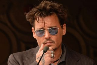 Johnny Depp Reportedly Begged Amber Heard To Cut Him The Sun's Lawyer Claims