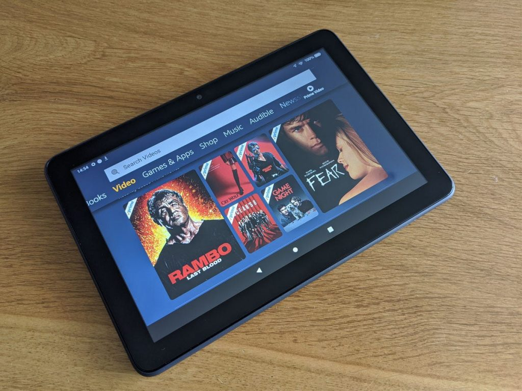 Amazon_Fire_HD_8_Plus_On_Table