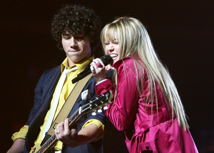 Nick Jonas and Miley Cyrus Performing in 2007 Miley Cyrus Explains Why She Just Followed Ex Nick Jonas on Instagram