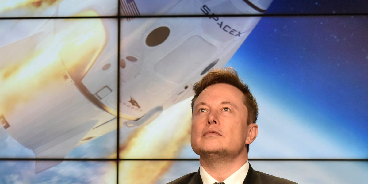 Elon Musk's SpaceX keeps winning US military contracts — here's why, according to an aerospace expert