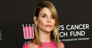 Lori Loughlin Reports to Prison After Pleading Guilty in College Scandal