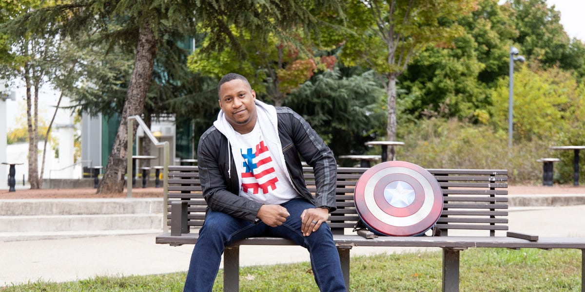 An Air Force veteran who taught himself to code explains how he started a nonprofit that has educated other vets on how to get jobs in tech