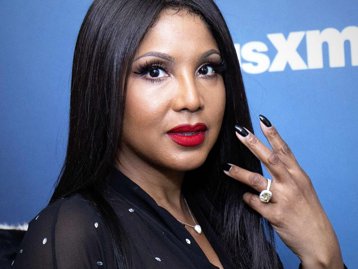 Toni Braxton Proudly Flaunts Her Beach Body – Check Out Her Flawless Figure Here!